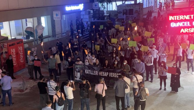 """Van'da meşaleli """"Deniz"""" protestosu"""