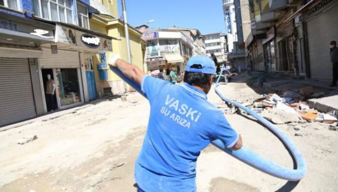 VASKİ'nin şebeke hattı yenileme çalışmaları devam ediyor