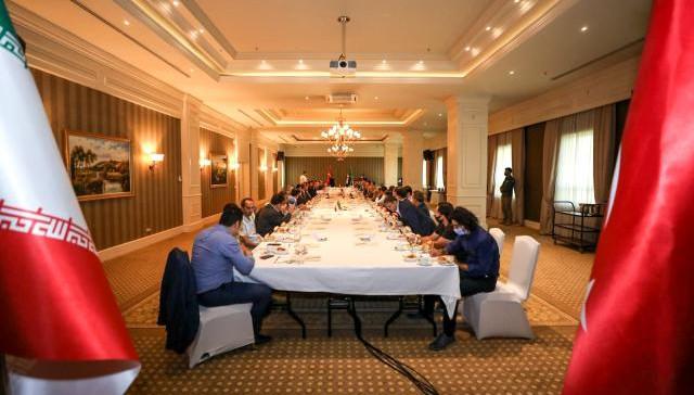 Van Valisi Bilmez, İranlı milletvekilleri ve iş adamları ile bir araya geldi