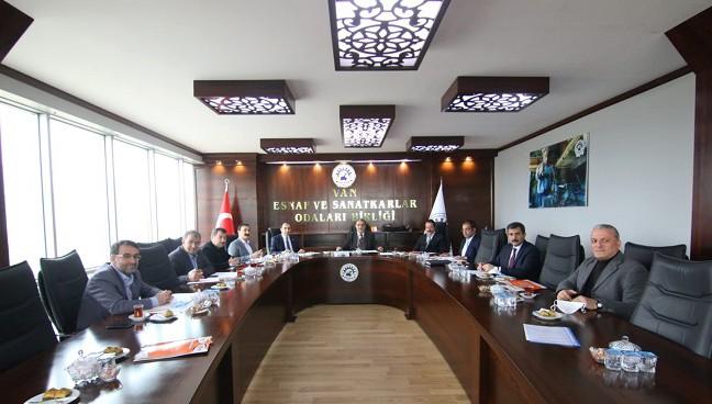 Van Ekonomi Konseyi VANGİAD Başkanlığında toplandı