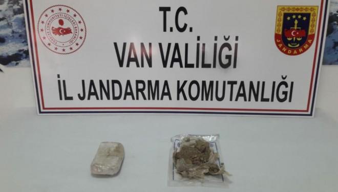 Başkale'de 1 kilo 622 gram eroin ele geçirildi
