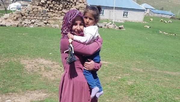 Kaybolan Kızı Şeyma'ya Kavuşan Anneden Ekiplere Teşekkür