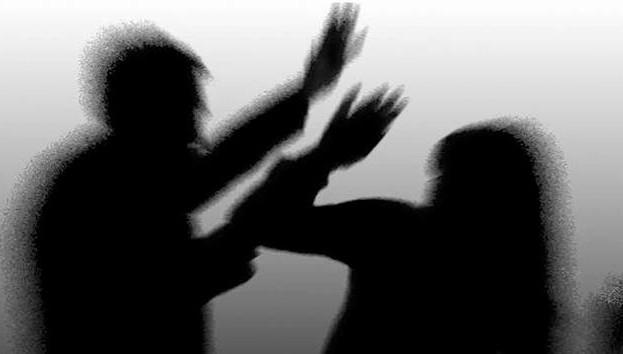 Belarus'ta her 4 kadından 1'i şiddete maruz kalıyor
