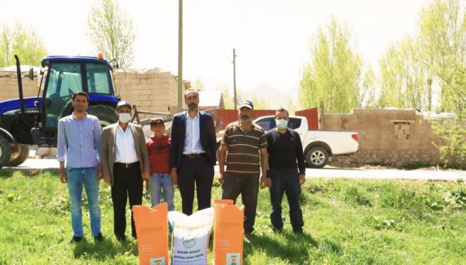 İpekyolu Belediyesi'nden çiftçiye tohum desteği