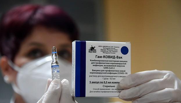 """Sağlık Bakanı Koca: """"Sputnik V aşısının acil kullanımına onay bugün verildi"""""""