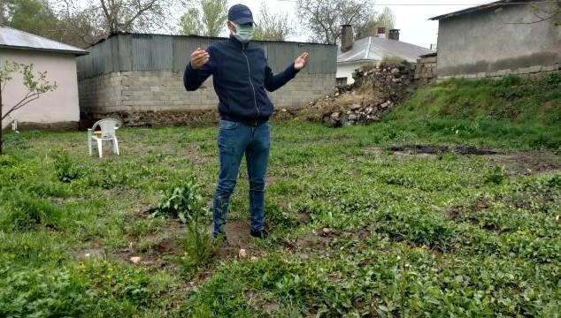 Erciş'te yağmur çiftçinin yüzünü güldürdü