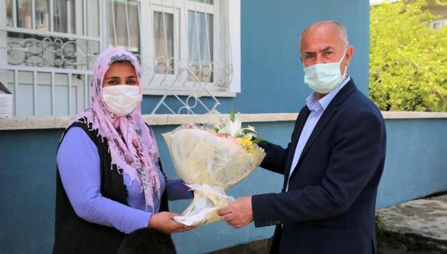 Başkan Akman'dan engelli annelerine ziyaret