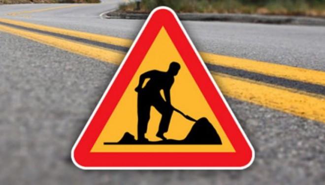 Çaldıran Belediyesinden yol onarım çalışması