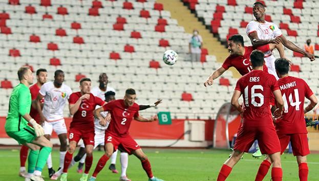 A Milli Takım Futbol Takımı, Gine ile berabere kaldı