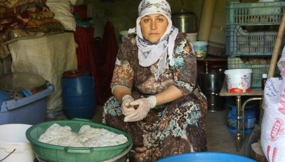 Otlu Peynir Kadınların Emeğiyle Sofraya Ulaşıyor