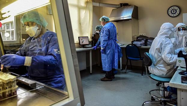 Türkiye'de son 24 saatte 5 bin 904 koronavirüs vakası tespit edildi
