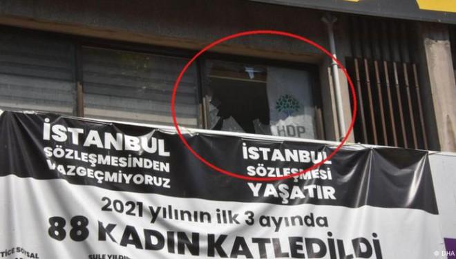 HDP İzmir il binasına saldırı: 1 kişi yaşamını yitirdi!