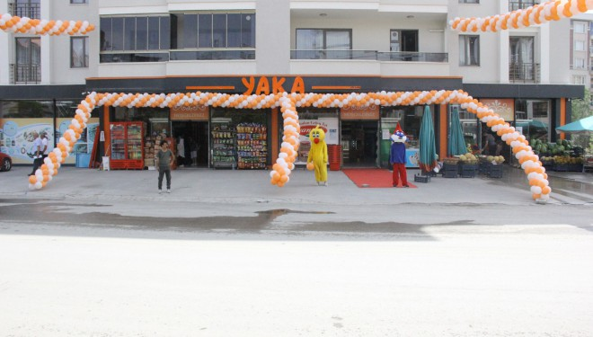 Yaka Marketler Zinciri Gölbaşı'nda 12. Şubesini hizmete açtı