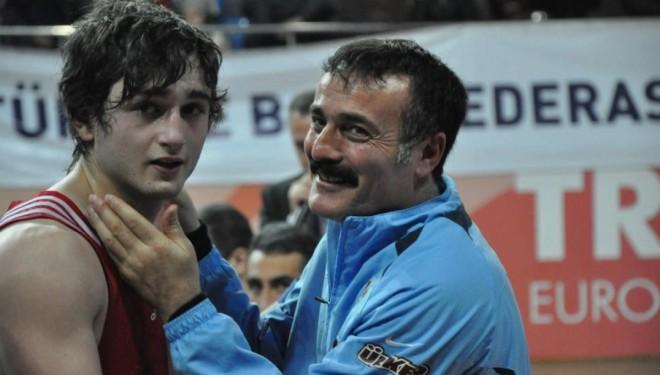 Avrupa şampiyonu milli boksör evinde ölü bulundu
