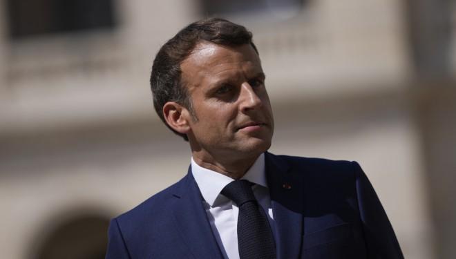 Macron, o şüpheyle telefonunu ve hattını değiştirdi!