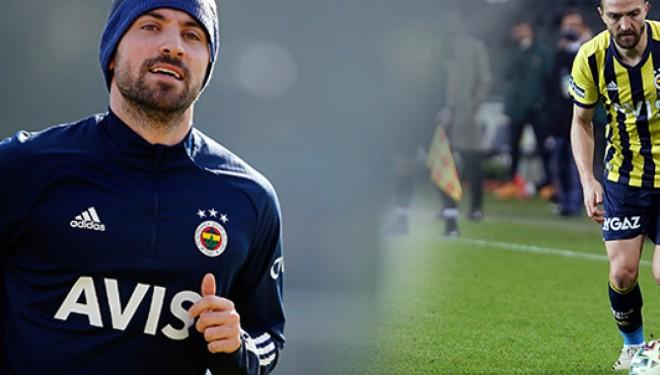 Fenerbahçe'de iki yıldız isim kadro dışı bırakıldı