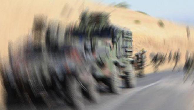 Çatak'ta askeri aracın geçişi sırasında patlama!