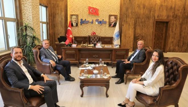 Arhavi Belediye Başkanı Kurdoğlu'ndan Başkan Akman'a teşekkür ziyareti