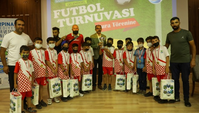 Gürpınar Belediyesi'nden futbol turnuvası