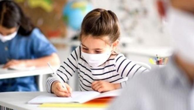 Aşı olmayan öğretmen haftada 2 kez test yaptıracak
