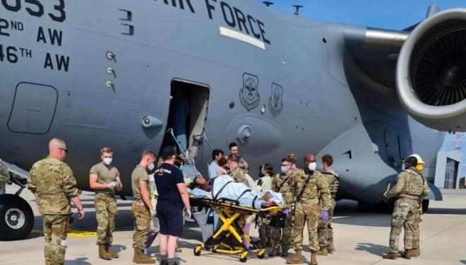 Afganistan'dan tahliye edilen kadın ABD uçağında doğum yaptı