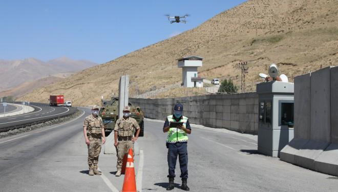 Başkale'de drone destekli trafik denetimi gerçekleştirildi
