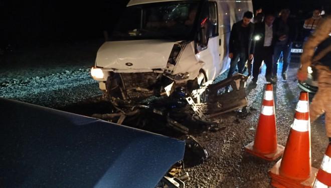 Başkale'de iki araç çarpıştı: 4 yaralı