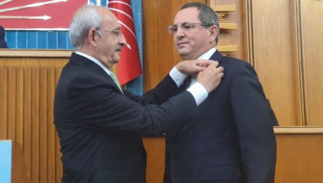 Belediye Başkanı ve 7 meclis üyesi CHP'ye geçti