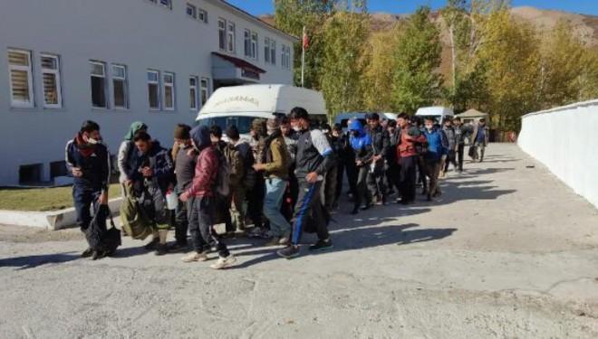 Minibüste 48 Kaçak Göçmen Yakalandı!
