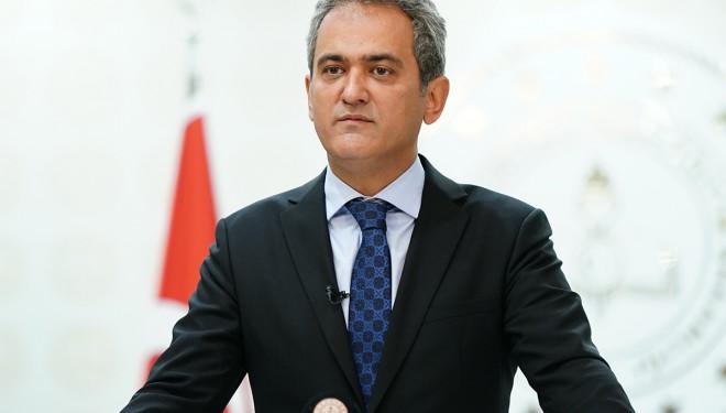 Milli Eğitim Bakanı Özer'den okullarla ilgili açıklama