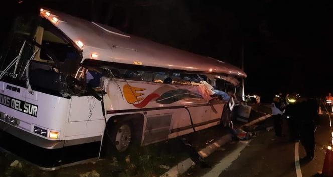 Guatemala'da otobüs kazası: 20 ölü, 12 yaralı