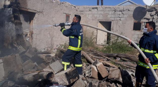 Saray'da tandır evi yangını