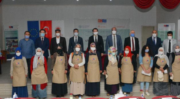 Çatak'ta 'Uygulamalı Çiftçi Okulu Programı' düzenlendi