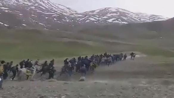 Van sınırında çekilen görüntü gündem oldu !