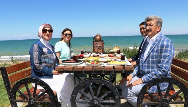 Van'da 'Dünya Kahvaltı Günü' etkinliği düzenlendi