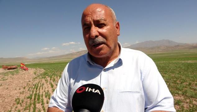 Başkan Özgökçe Van'daki kuraklık çiftçileri vurdu (VİDEO)