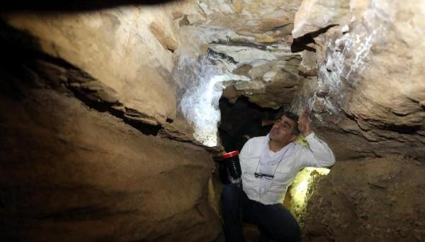Put mağaralarının duvarlarındaki figürler inceleniyor (VİDEO)