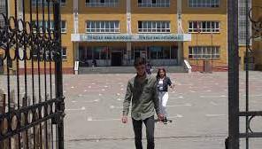 Gönüllü genç köy çocukları için kalem topladı
