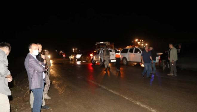 Başkale'de Sel Felaketi: Mahsur Kalan 2 Kişi Kurtarıldı