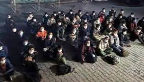 Erciş'te 60 düzensiz göçmen yakalandı!