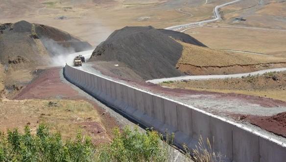 295 kilometrelik sınır hattının tamamına duvar örülecek (VİDEO)