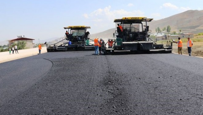 Van çevre yoluna ilk asfalt döküldü