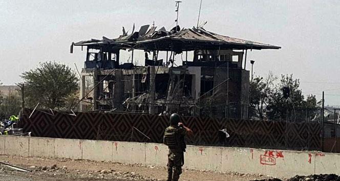 Diyarbakır'da bomba yüklü araçla saldırı: