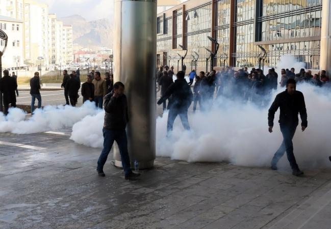 Van Büyükşehir Belediyesinde gerginlik