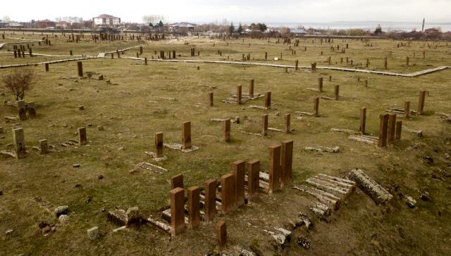 Ahlat'taki tarihi mezar taşları yurt dışında tanıtılacak