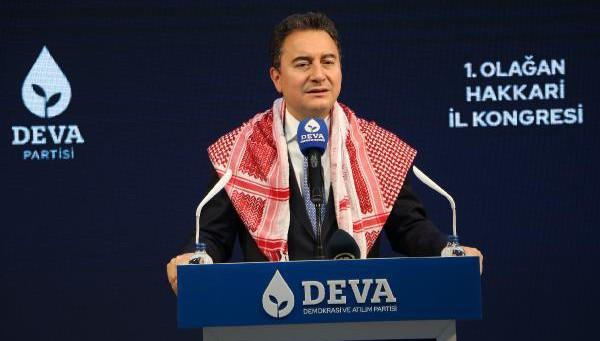 Ali Babacan Hakkari il kongresine katıldı