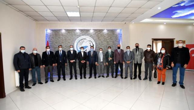 Rektör Şevli Erciş'te bir dizi ziyarette bulundu